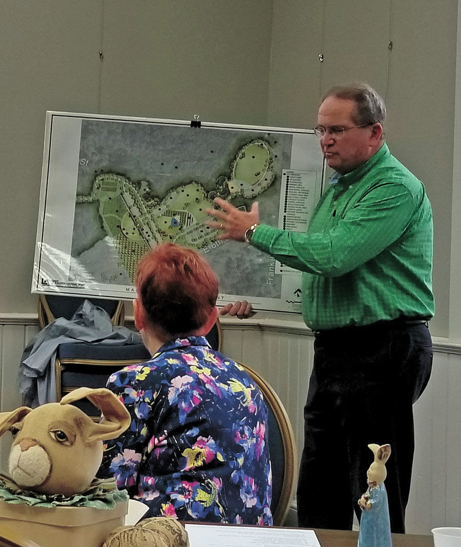 Price discusses Heritage Park at Rose Service Guild meeting1