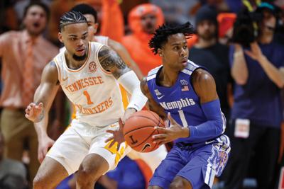 Memphis takes down Tennessee's 31-game home win streak with 51-47 win