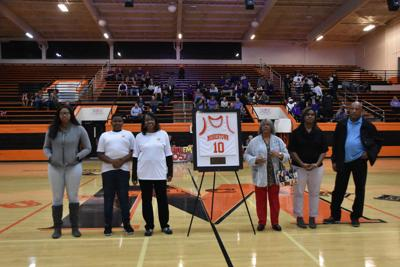 Morristown East celebrates all-time great Marshall Mills with basketball jersey retirement
