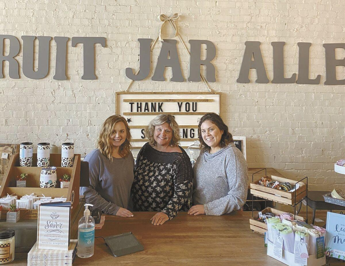 Up Their Alley: Fruit Jar Alley  satisfies many needs in Downtown Newport