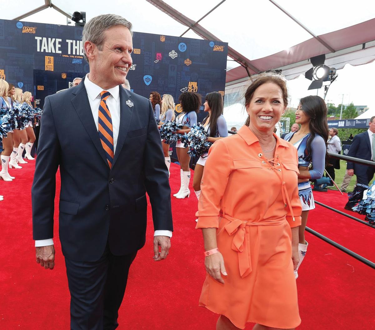 Bill and Maria Lee learn to  navigate life as Tennessee's first family