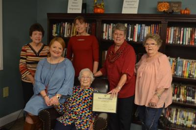 Mary Miller Ayers receives 30-year anniversary NSDAR certificate