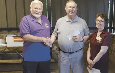 By the Foot: Food on Foot of Tennessee receives donations from Lions Club
