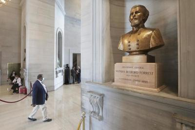 Lee: Capitol Commission to take up Confederate bust removal