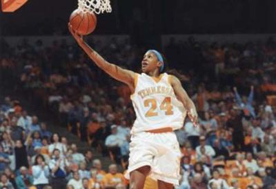 Catchings headed to Naismith Memorial Basketball Hall Of Fame