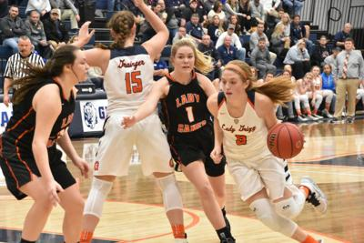 Lady Grizz dominate from start to finish over East