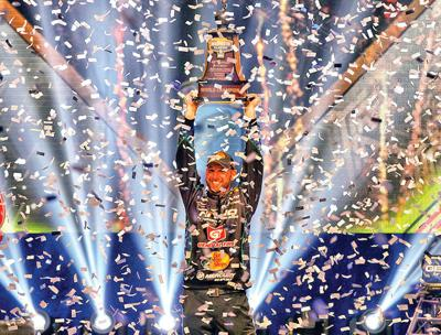 DeFoe claims hometown Bassmaster Classic victory with huge final day