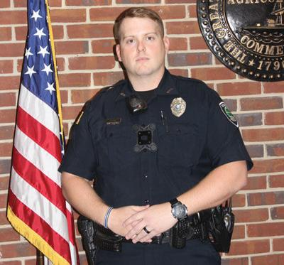 MPD welcomes officer back from deployment