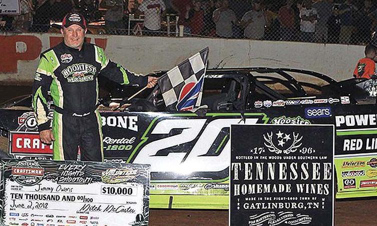 Owens steals World of Outlaws win at Vol Speedway | Local Sports | citizentribune.com
