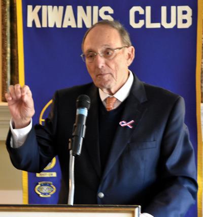 Roe speaks at Morristown Kiwanis meeting