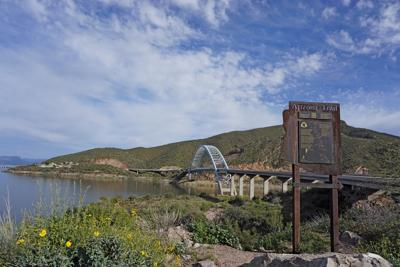 14_1 Roosevelt Lake and Bridge.jpg