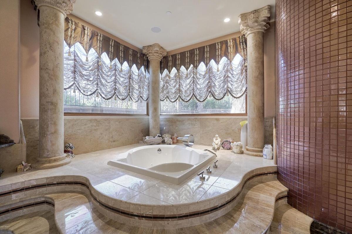 5837 Palo Cristi_bathroom.jpg