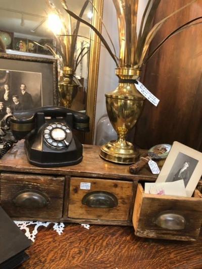 Blinda's Vintage Treasures