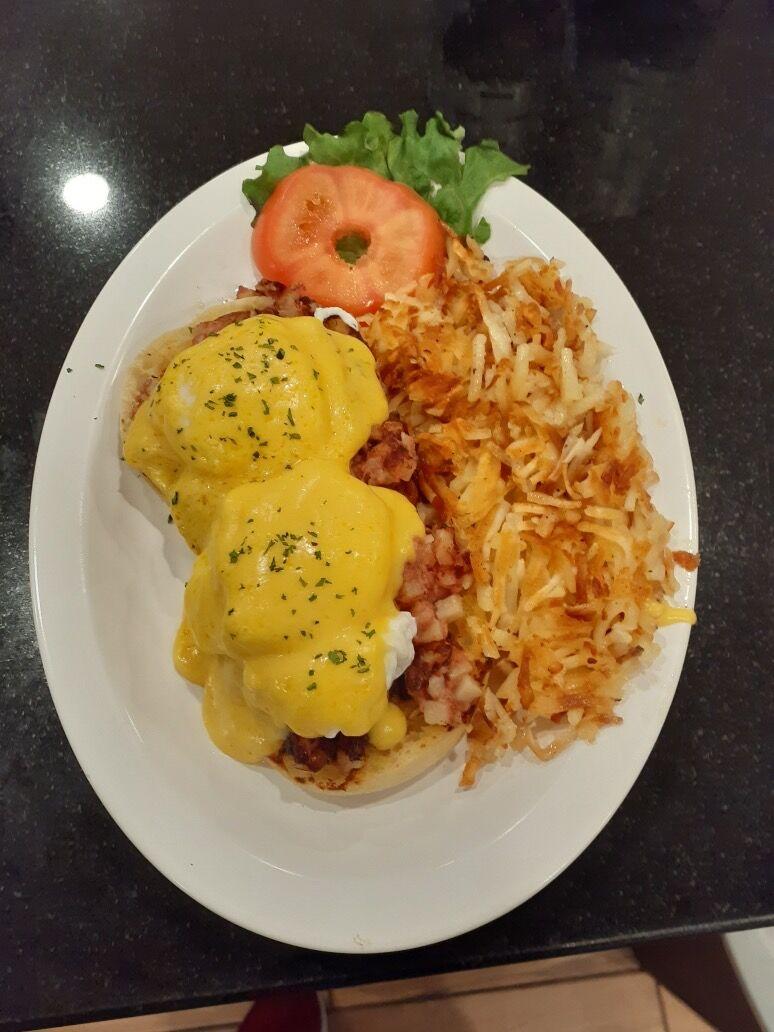 Black Mountain Coffee Shop's Eggs Benedict