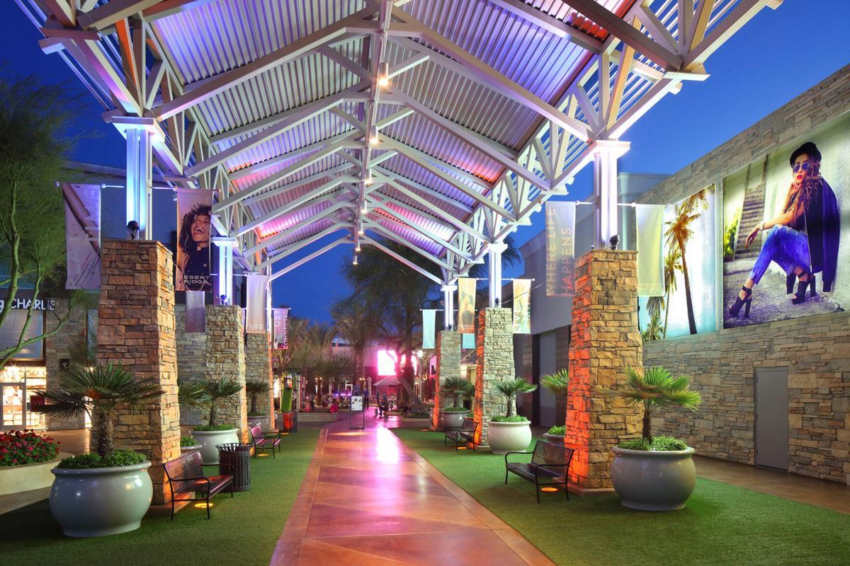 Desert Ridge Marketplace: The District Portal