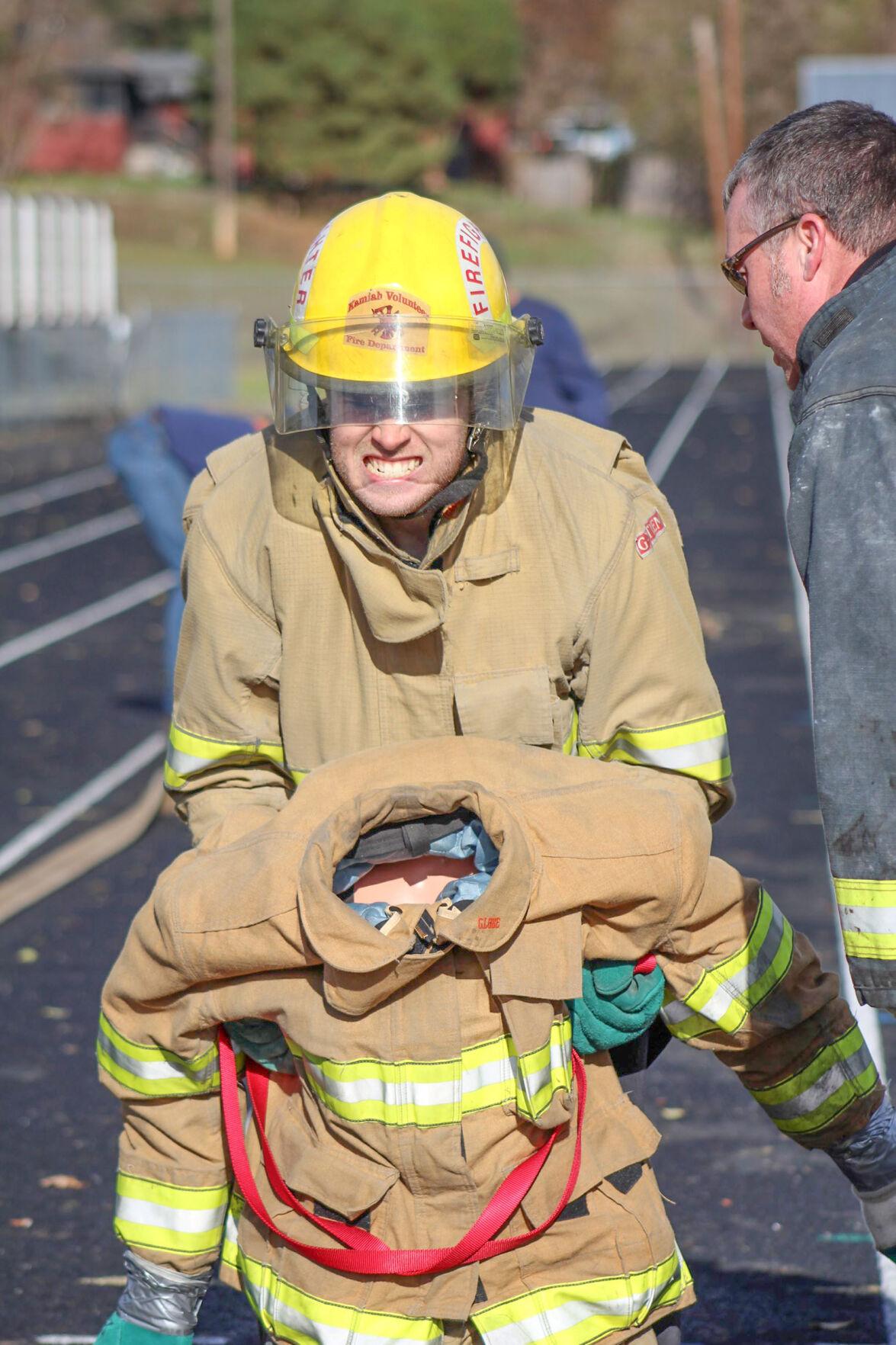 Fire EMS applicants test photo 2