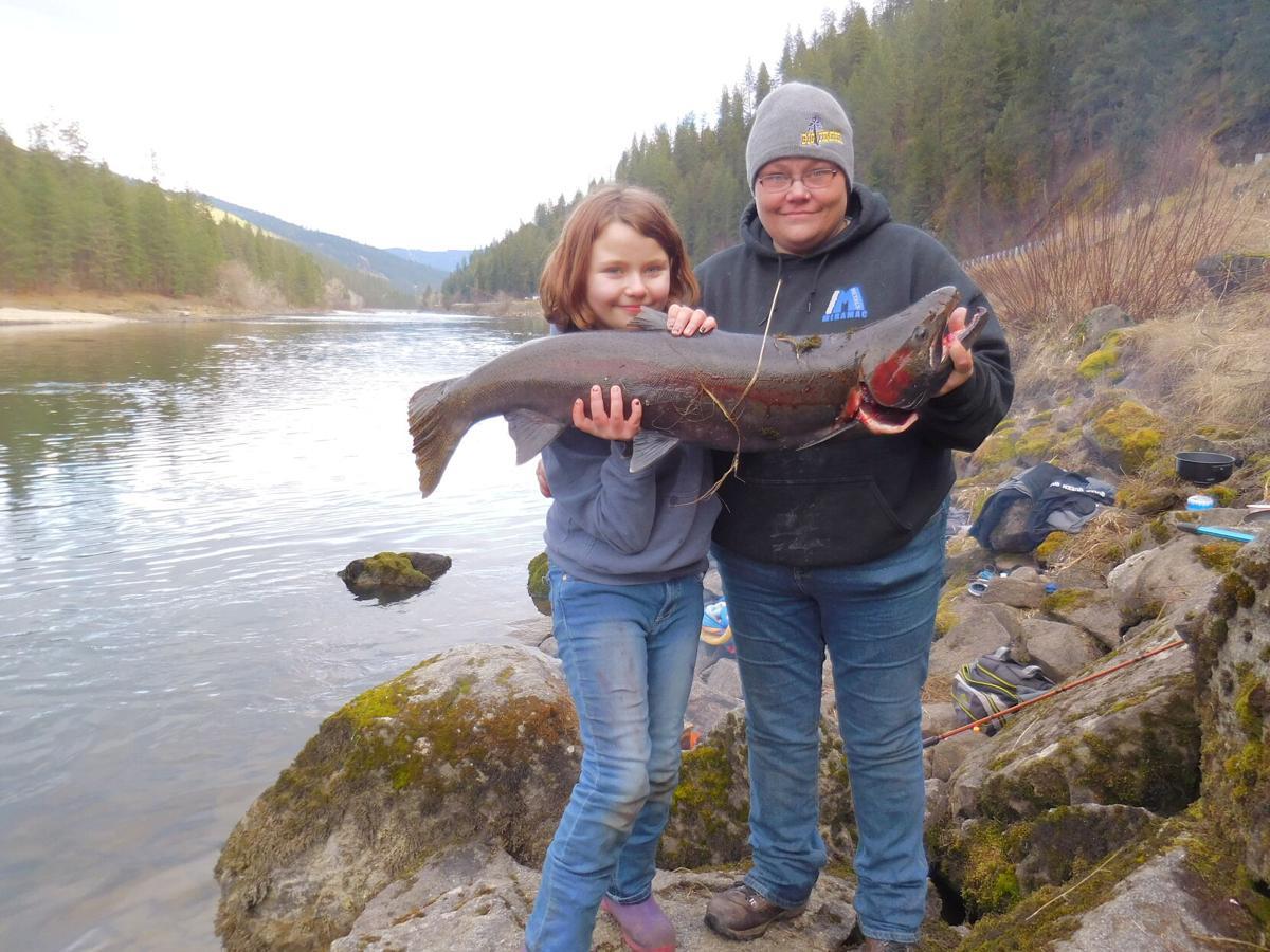 Catching fish photo 1