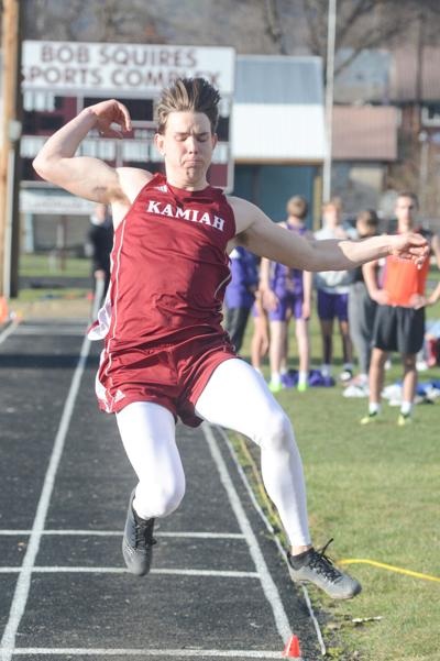 Gabe Eades long jump photo