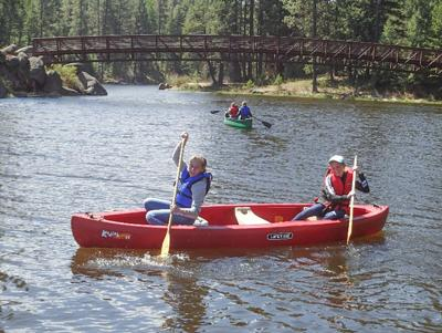 Students learned canoe use and safety photo