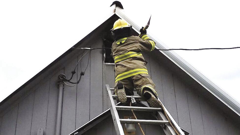 Peck house fire 1