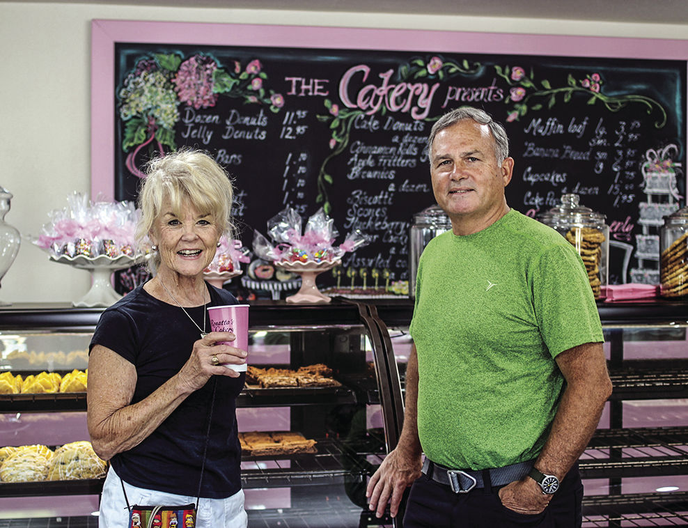 Ronatta's Cakery open house - Diane and Greg Gerot