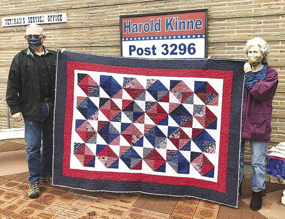 Quilt of Valor recipient Stephen Kaufman and presenter Dorwayne Mifflin