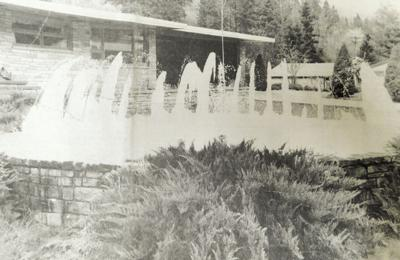 Down Memory Lane - Konkols fountain frozen