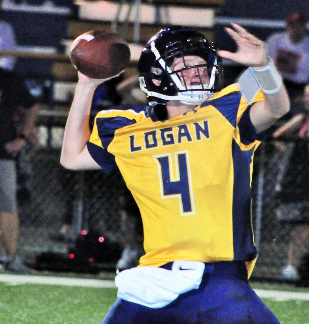 0911_LoganSissonvilleGame Jordan Hayes toss