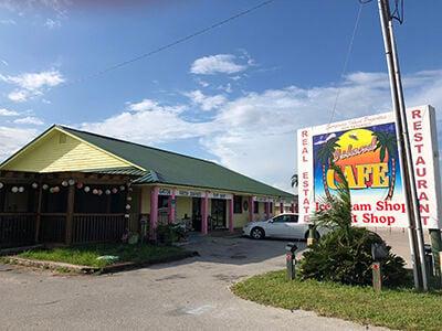 3- Island Cafe WEB