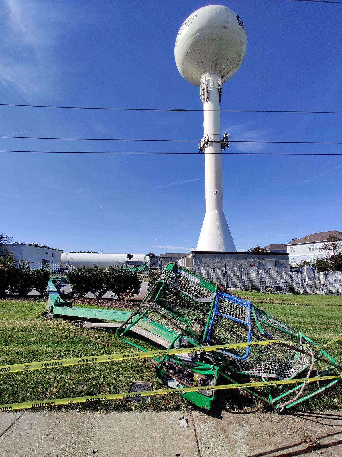 Accident - Sussex Shores water tower-SLam-112653.jpg