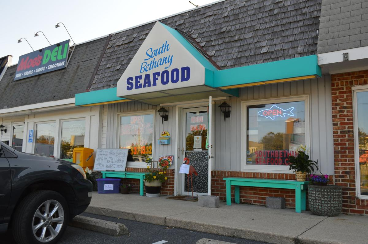 Curbside service at South Bethany Seafood Market