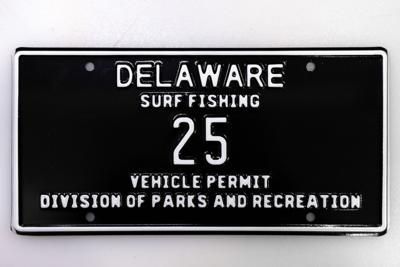 Low-digit surf-fishing tag