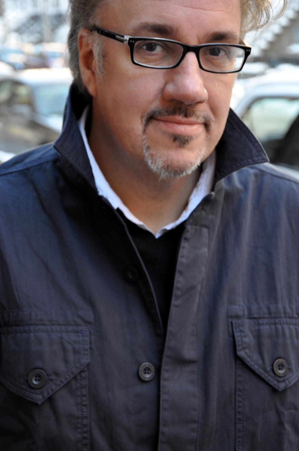 Alex Tresniowski profile picture.jpg