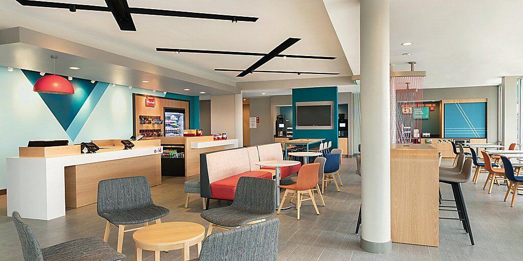 avid-hotels-millsboro-6699907804-2x1.jpg