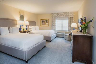 deluxe-double-queen-at-the-bellmoor-inn-and-spa-hotel-delaware-th.jpg