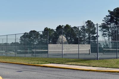 Sports - Empty tennis court