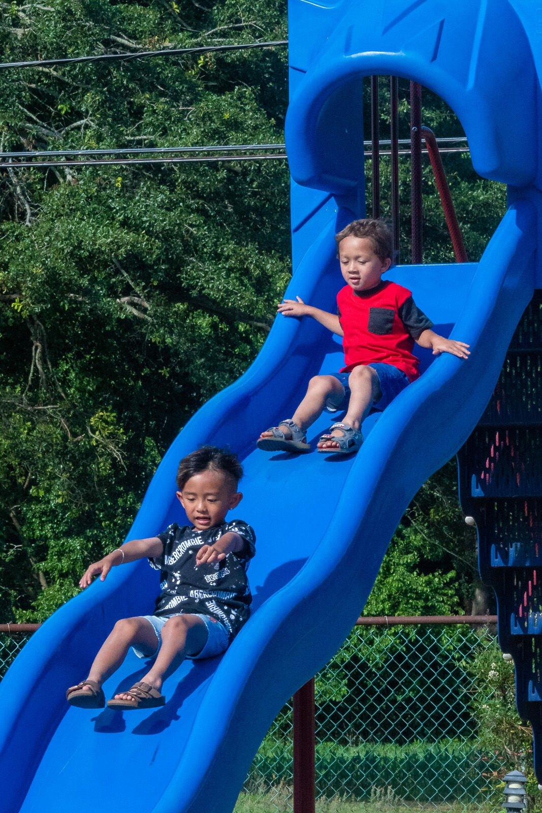 Frankford Public Library Summer Reading Kick-off - Kids on the slide-SLam-9197.jpg