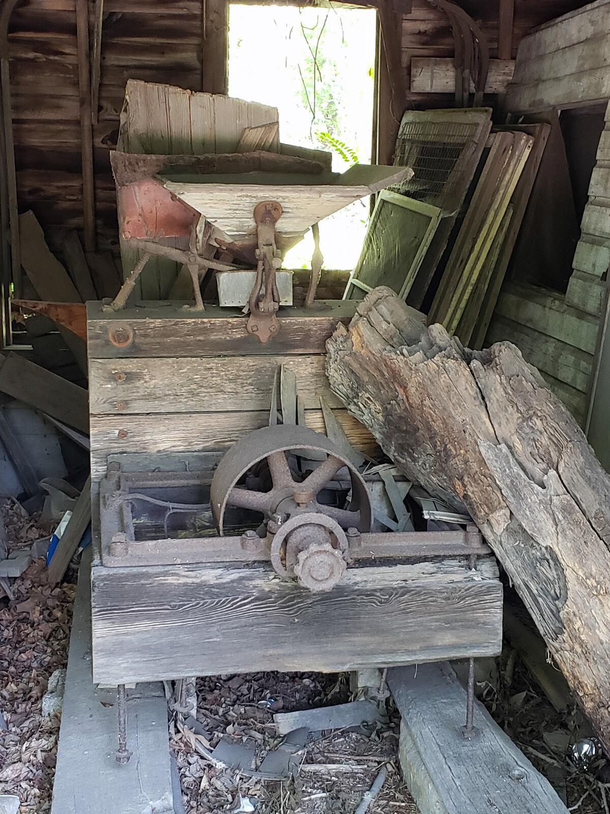 Warren's Mill