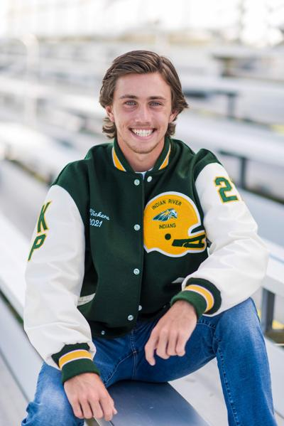 River Vickers, IRHS football