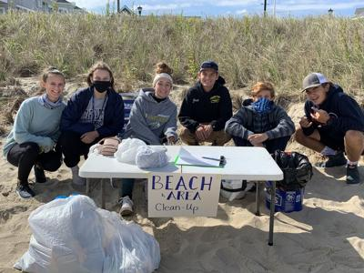 IRHS students clean up beach