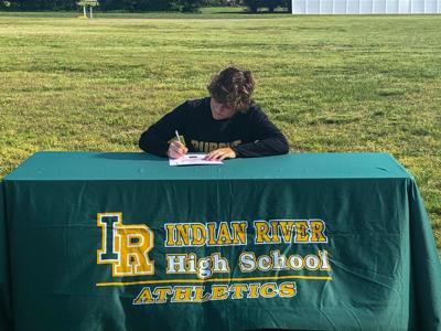 Ryan Furman college signing