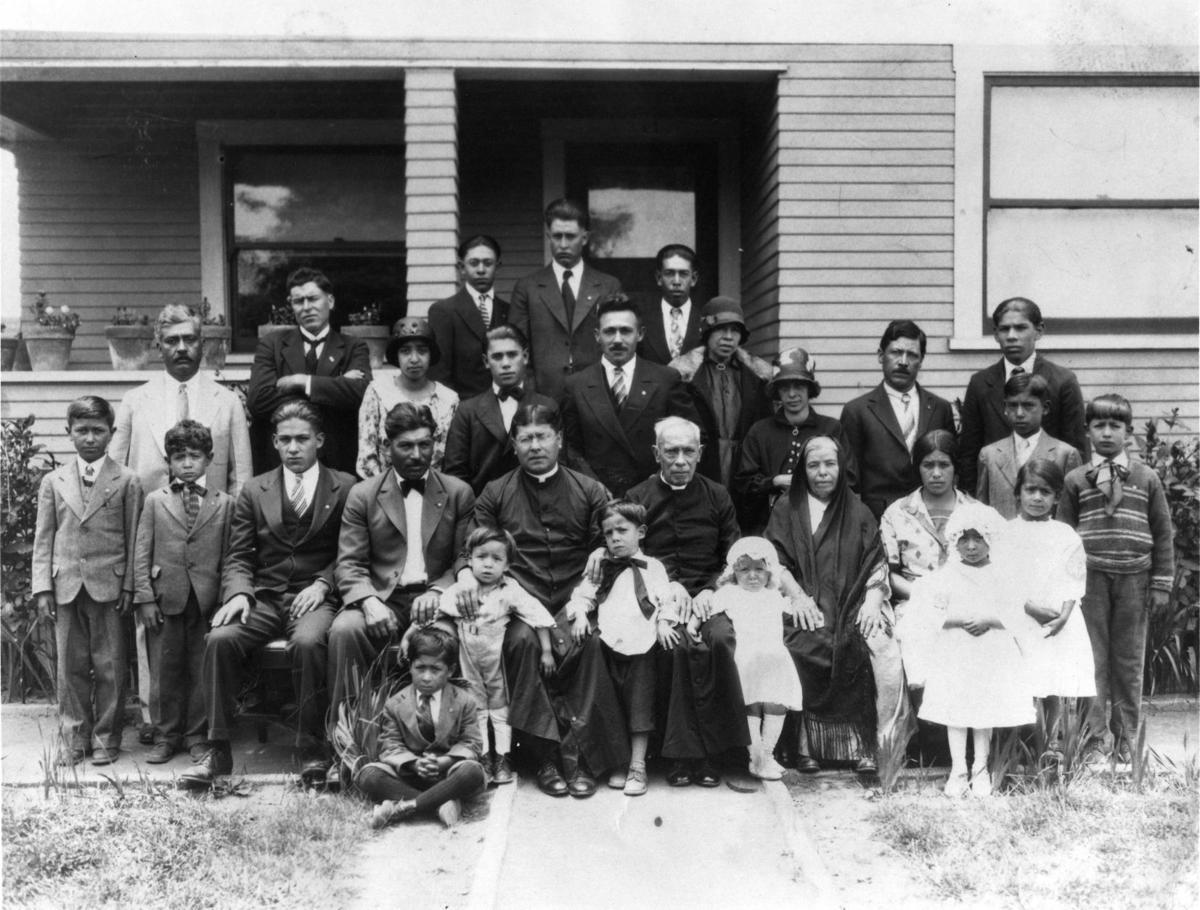 Raya, Molina and Saragosa families