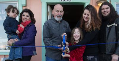 Ribbon cutting ceremony recognizes Long Beach businesses
