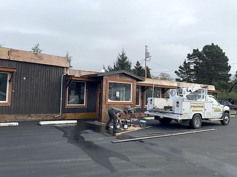 Columbia River Roadhouse opening in 2016