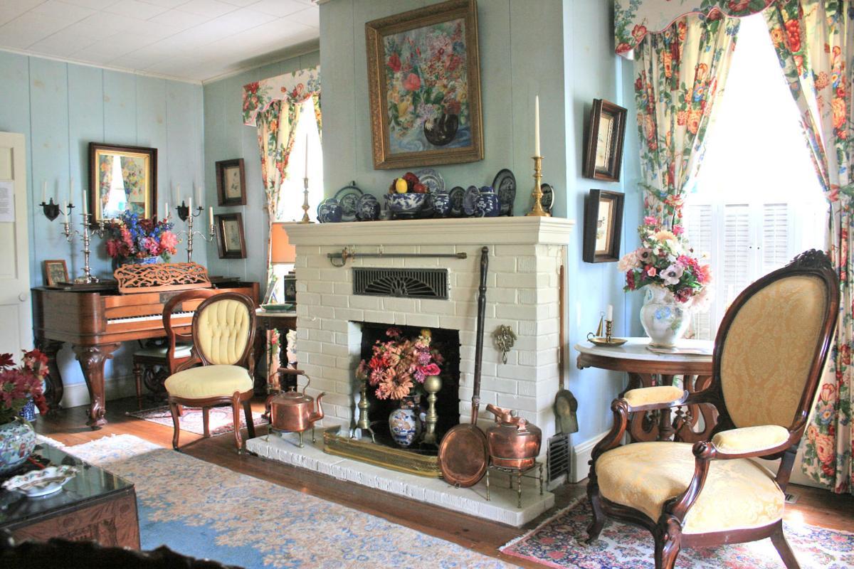 Hansen living room