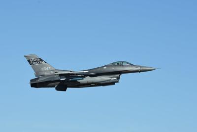 flyover plane F16