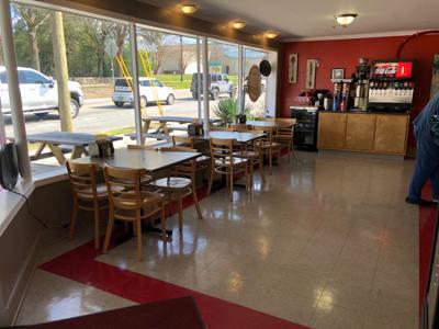bubbas biscuit empty restaurant