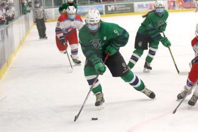 Colchester Girls ice hockey (9).JPG