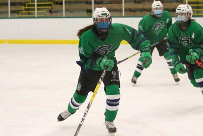Colchester Girls ice hockey (34).JPG
