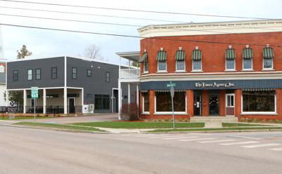 Main St. business neighbors team up to provide 1,000 free meals